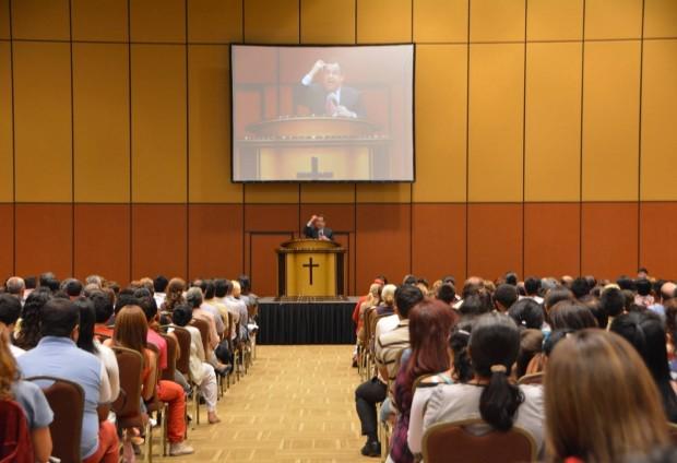 En la ciudad de Luque, más de 2000 personas participaron de la reunión