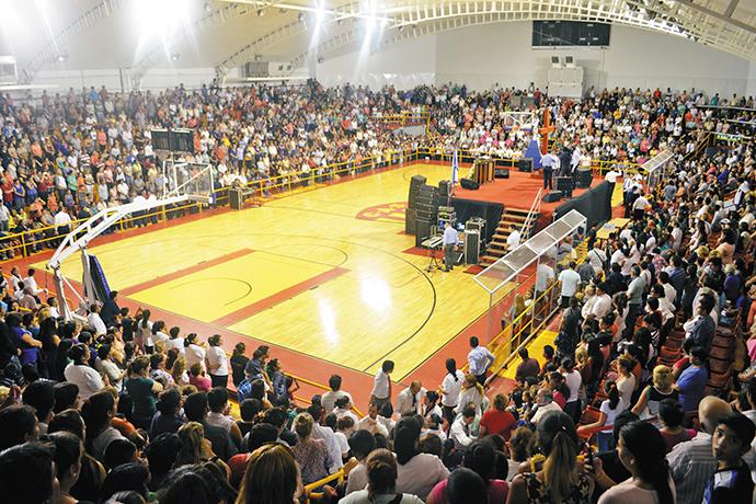 Concentración de fe en Chaco
