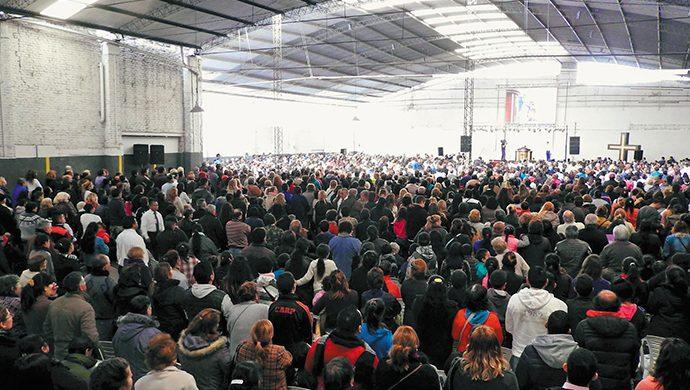 Lanzamiento de la piedra fundamental en la futura sede de Córdoba