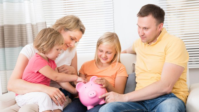 5 consejos para enseñarle a los niños a manejar el dinero