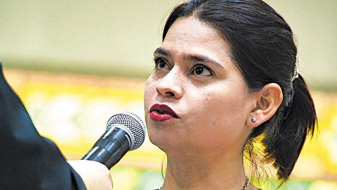 Lunes: Congreso para el Progreso