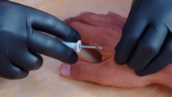 Empresa implantó chips en 50 funcionarios