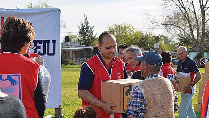 El T-Ayudo llegó a Monte Grande con casi 3 toneladas de alimentos