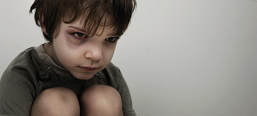 En Argentina 7 de cada 10 niños es maltratado por un familiar