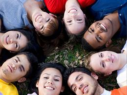 Las relaciones sociales ayudan a mantener sano nuestro cerebro