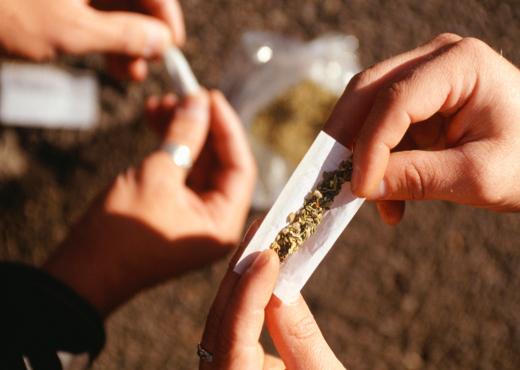 Fumar marihuana aumenta el riesgo de contraer cáncer