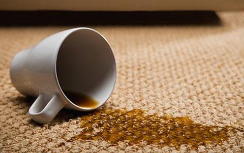 Manchas rebeldes en tu alfombra