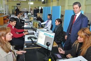 El país batió un records en la elaboración de DNI y pasaportes