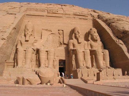 El Día Mundial del Turismo se celebró en Asuán, Egipto
