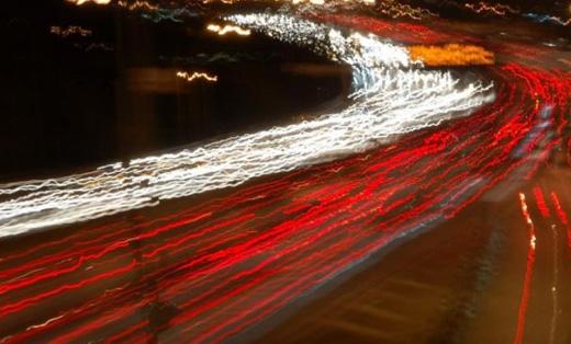 Descubren partículas más rápidas que la velocidad de la luz
