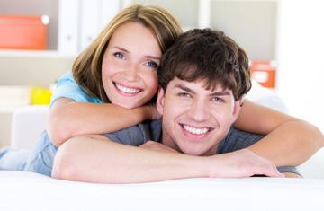 Ser menos materialista ayuda a tener un matrimonio feliz