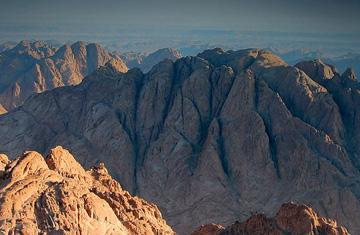 La energía que habita en el Sinaí, pone fin a una vida sin sentido