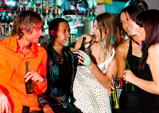 El consumo de alcohol propicia el sexo sin protección, según estudio