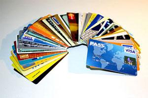 Uso correcto de la tarjeta de crédito y el cheque