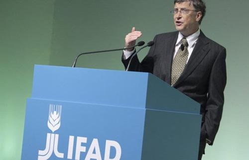 Billl Gates planteó usar la tecnología para luchar contra el hambre