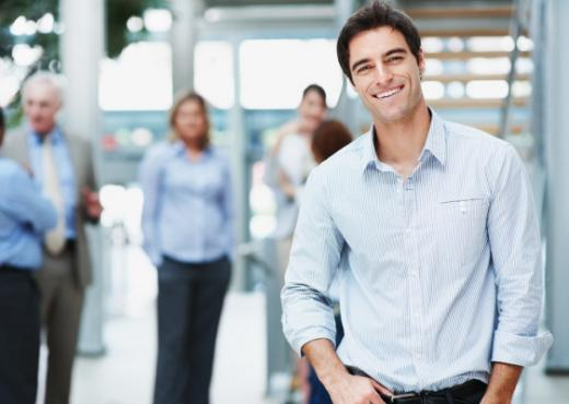 Profesionales buscan equilibrio entre vida personal y profesional