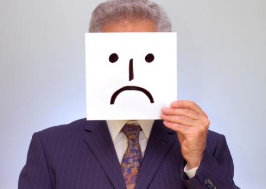 Personas falsas: ¿Cómo lidiar con ellas?
