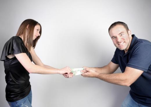 Un matrimonio puede evitar conflictos financieros