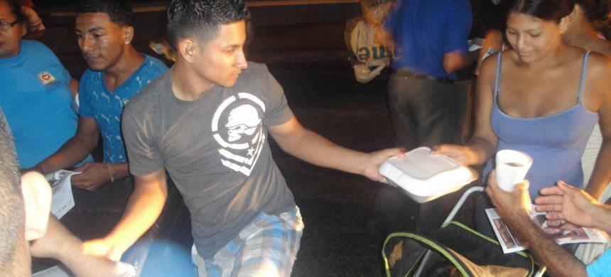 En Nicaragua, los Ángeles de la Noche entran en acción