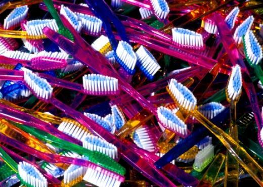 El origen del cepillo de dientes