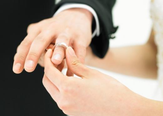 El compromiso en una relación es diferente para hombres y mujeres