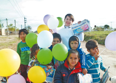 La EBI lleva alegría a los niños