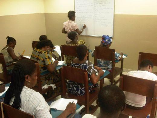 La IURD contra el analfabetismo en Nigeria