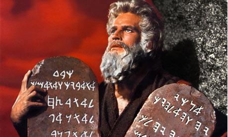 Moisés en dosis doble en Hollywood