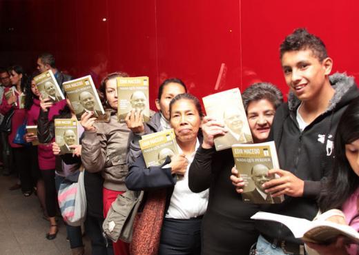 """""""Nada que perder"""" vende 16 mil ejemplares en su lanzamiento en Colombia"""
