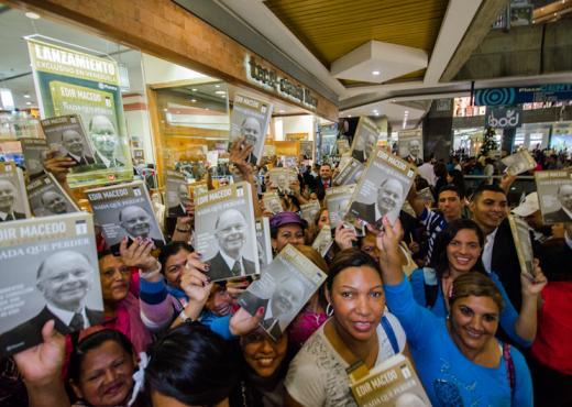 """Lanzamiento de """"Nada que Perder"""" vende 21.800 ejemplares en Venezuela"""