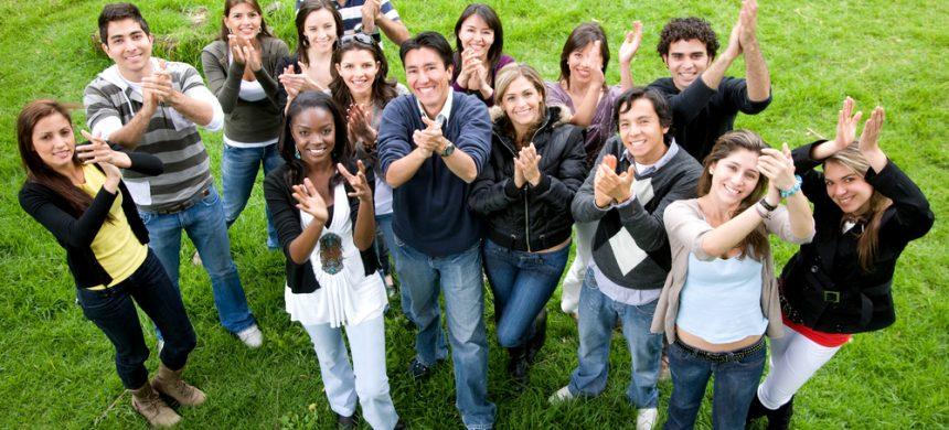 Darán más de 47 mil becas universitarias en 2013