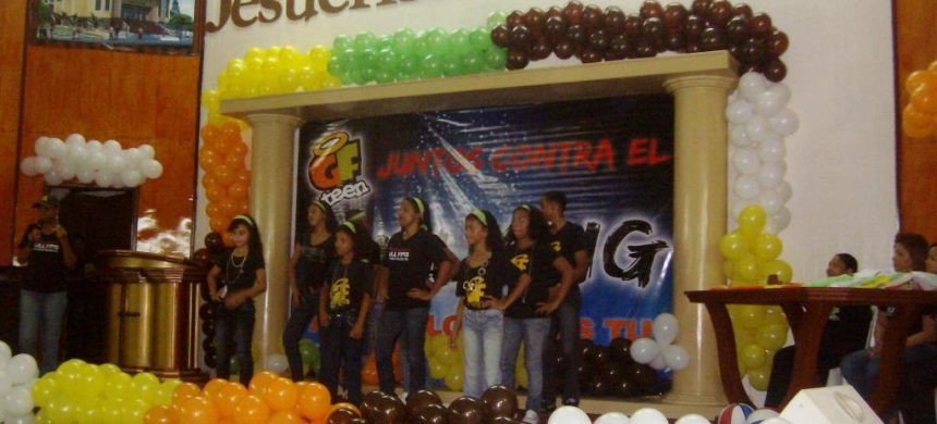 GF Teen contra el bullying en República Dominicana