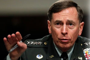 El director de la CIA renuncia por adulterio