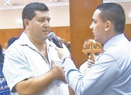Más milagros al tocar en la Cruz Consagrada