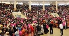 """""""Elecciones"""" reúne a una multitud en Soweto"""