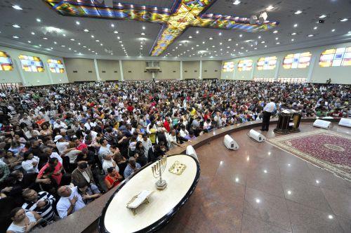 El obispo Macedo habla sobre honrar la palabra