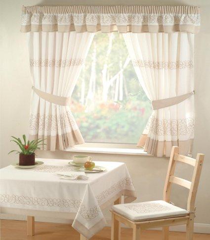 La cortina ideal para cada espacio universal for Cortinas ikea para comedor