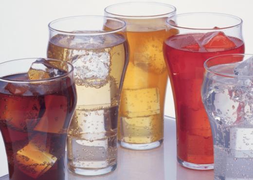 Consumo de bebidas diet eleva el riesgo de depresión, dice un estudio