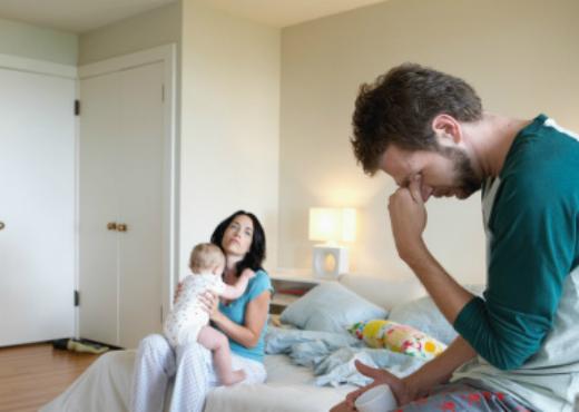 El hombre ayuda poco en las tareas del hogar