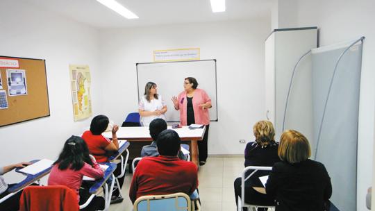 Una escuela adentro de la IURD