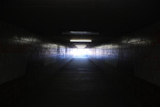 Siempre hay una luz al final del túnel