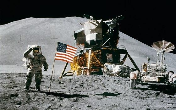 El hombre que Dios puso en la Luna