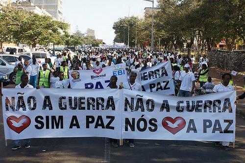 La Universal marcha por la paz en Mozambique