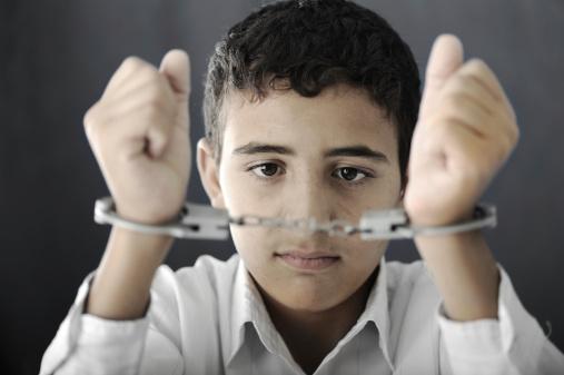 De víctima de bullying a criminal
