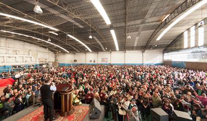 Gran concentración de fe y milagros en Laferrére