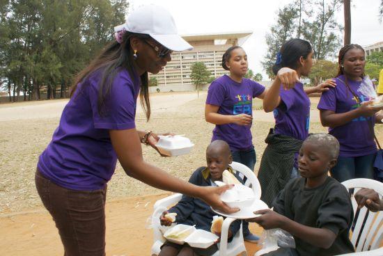 Ayuda a los niños de la calle en Mozambique