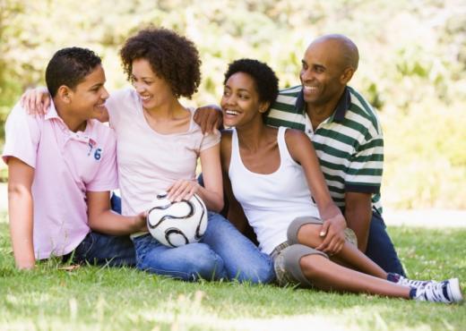 El amor en la infancia forman un adolescente más afectivo