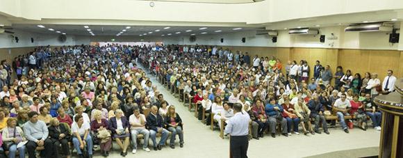 Gran concentración de fe y milagros en Lanús