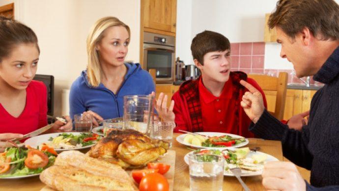¿Cómo criar un hijo responsable sin exagerar en los reclamos?