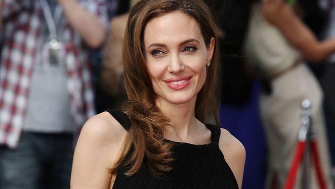 Jolie elige un nuevo procedimiento radical